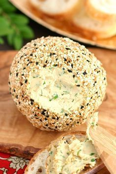SHARP VEGAN NUT CHEESE