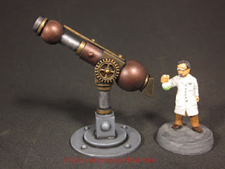 Mad scientist with his telescope - left side view - 25-28mm scale miniature.