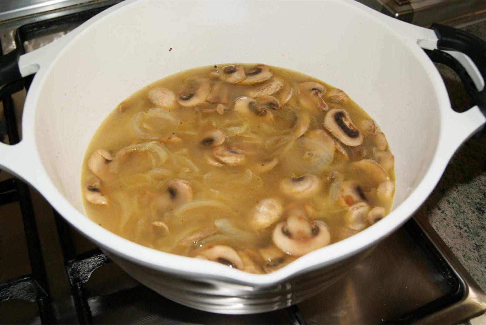 Receta de sopa de champiñones paso 3