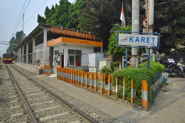 Foto stasiun Karet