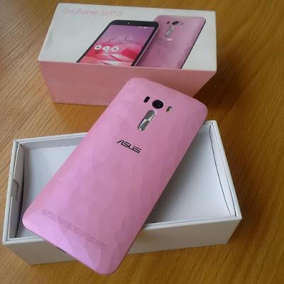 Asus Zenfone Selfie zd551kl back view