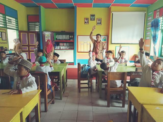 Pengertian, Dampak, Prinsip-prinsip Pengelolaan Kelas dan Kesepakatan Kelas