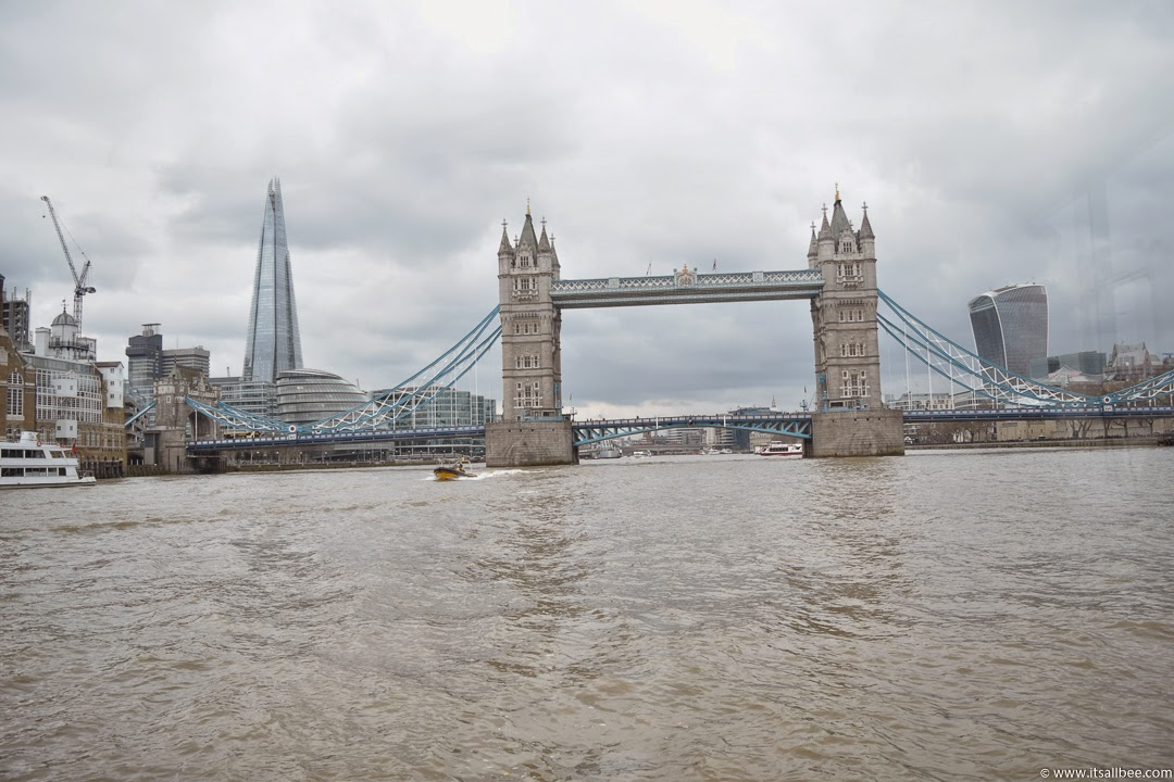 Thames Dinner Cruise | Explore London By Boat