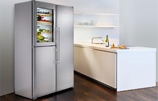 Хладилник с фризер Liebherr произведен в България