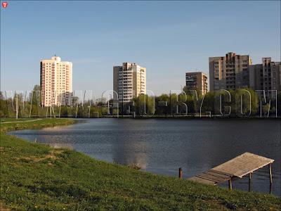 Минск. Улица Денисовская. Река Свислочь