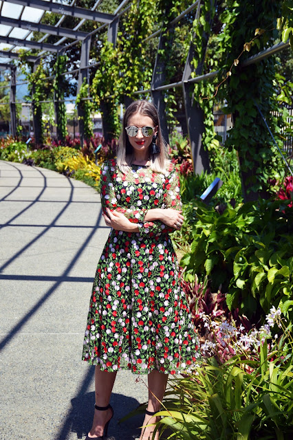 dolce and gabbana style black red floral dress