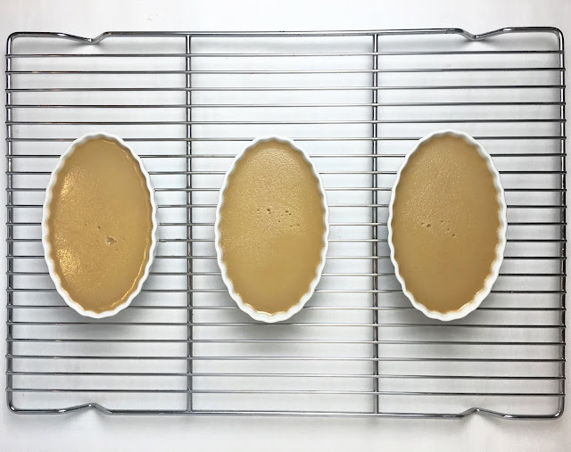 Baked Crème Brûlée Cooling