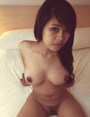 FOTO BUGIL INDO - MODEL SEXY INDO