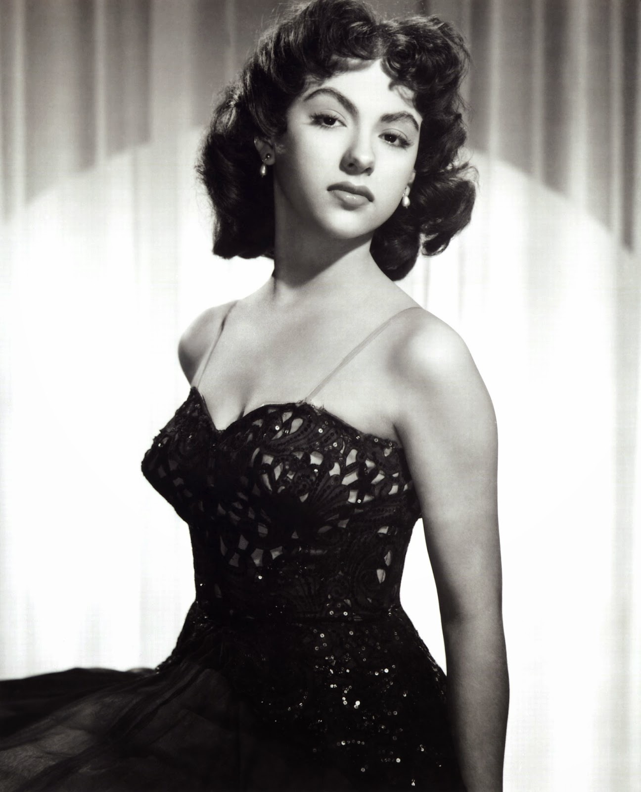 chatter busy rita moreno quotes. Black Bedroom Furniture Sets. Home Design Ideas
