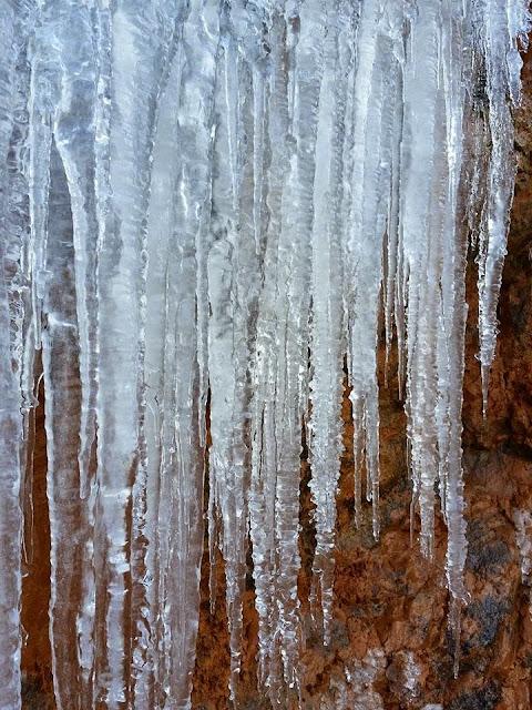 Los CANALOBRES son los témpanos de hielo.3