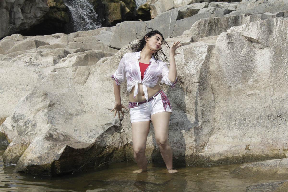 Archana hot n wet stills from panchami