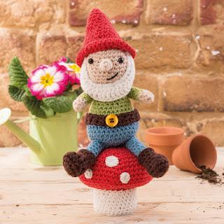 onemancrochet_gnome_lovecrochet