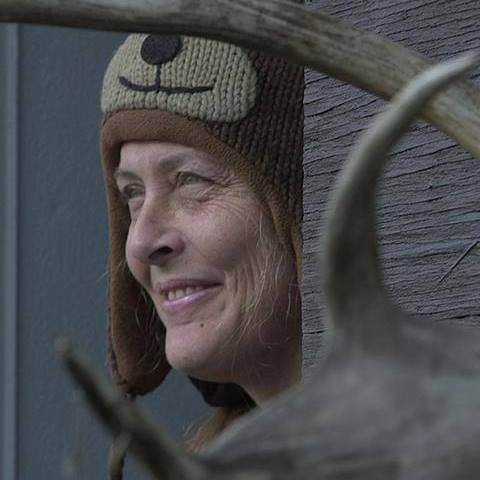 Sue Aikens husbands, net worth, wikipedia, age, birthday, age, family, wiki, how old is, life below zero bear attack, kavik, camp, bio, was in the military, alaska, life below zero facebook, accident