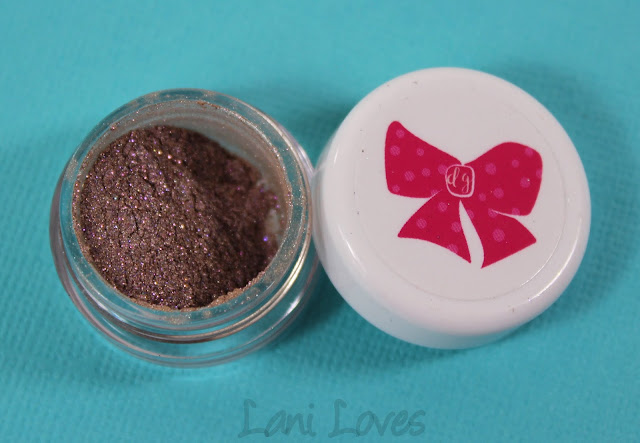 Darling Girl Eyeshadow - Jeweled Taupe Swatches & Review
