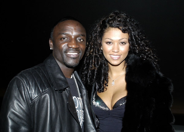 Akon%2Bsteps%2Bout%2Bwith%2Bone%2Bof%2Bhis%2Bwives%2Bin%2BFrance%2B%2B.jpg