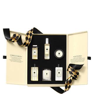 Luxury gift guide women