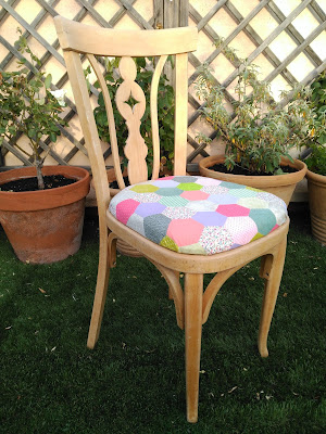 silla, chair, chaise, patchwork, hexagonos, hexies, paper piecing