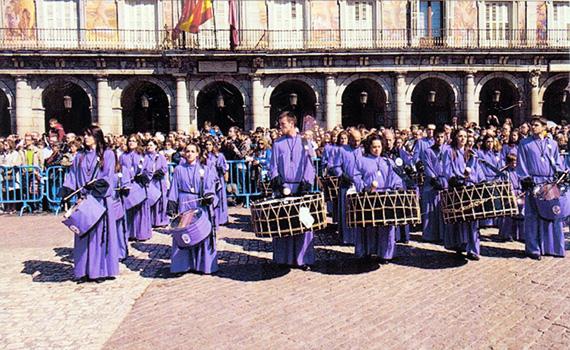 La tamborrada despedirá el domingo la Semana Santa 2017 en Madrid