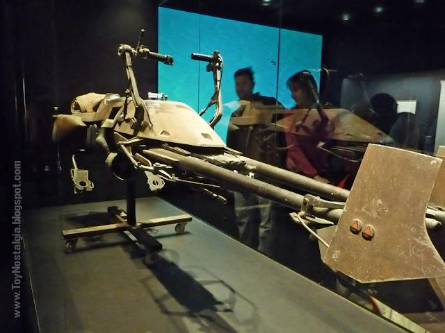 "Speeder Bike  ""Episodio VI - The Return Of the Jedi""  (STAR WARS - The Exhibition)"