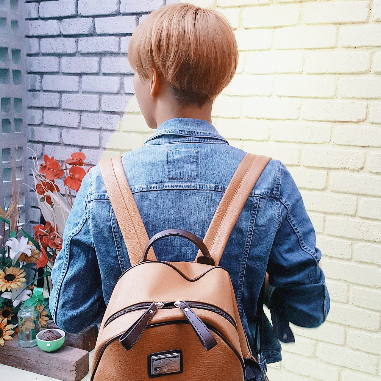 77b32ada32 I caved into the trend and got myself a black backpack from Lazada. As with  a lot of popular items here in Asia, fake Anello bags soon came out.