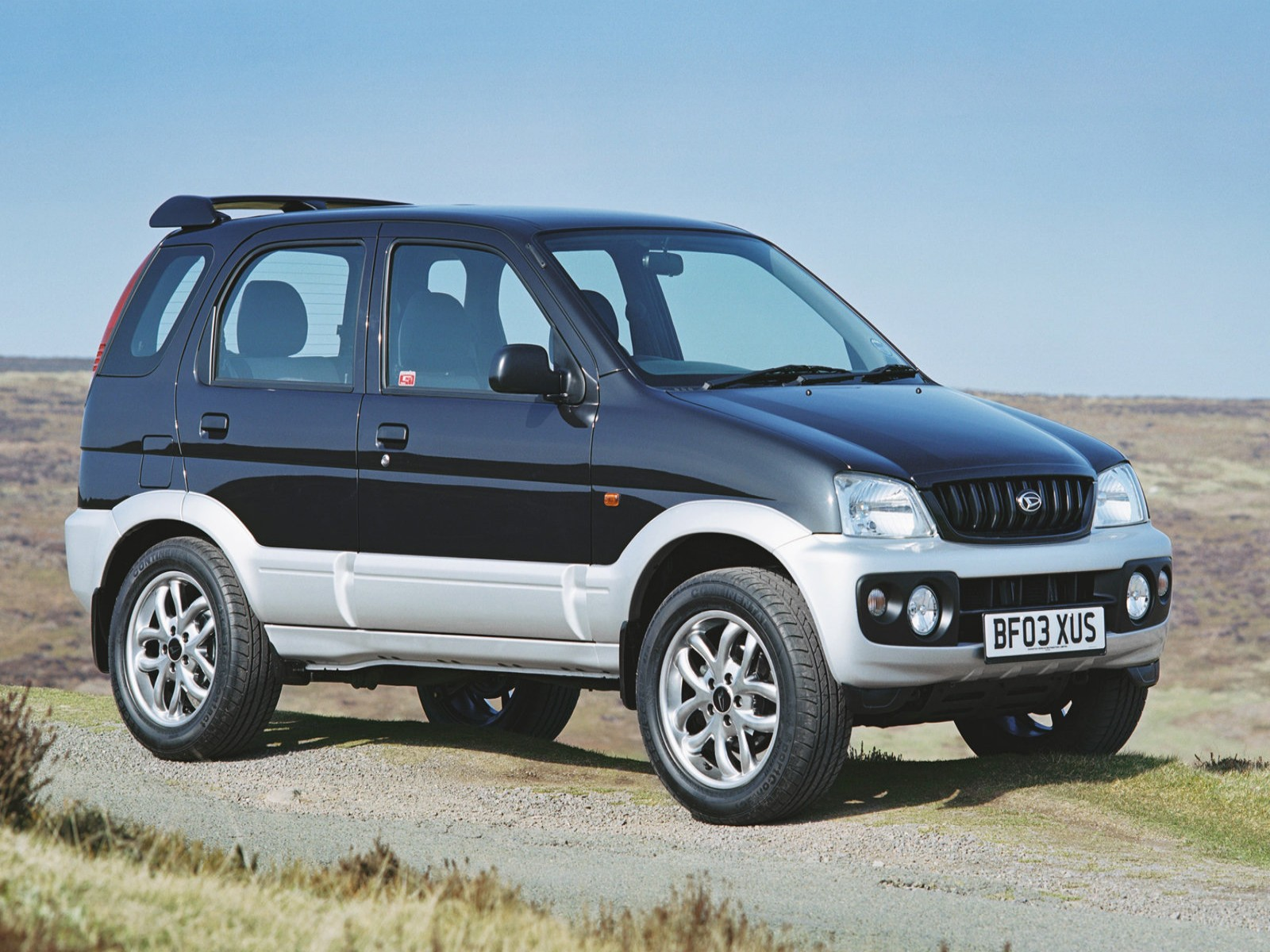 Car Pictures: Daihatsu Terios Sport 2003