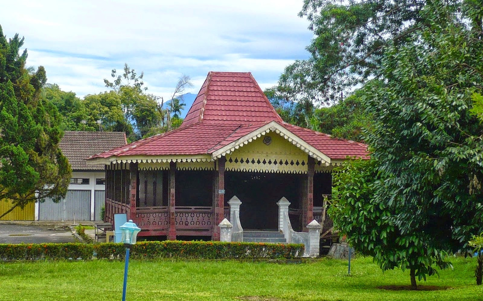 Rumah Adat Tradisional Lengkap Beserta Gambar Dari Setiap