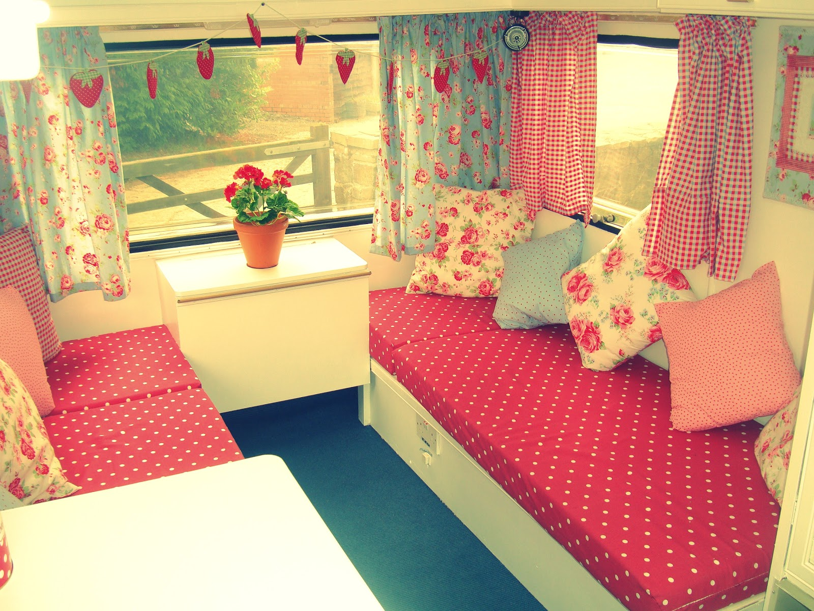 Shabby Chic Campers On Pinterest