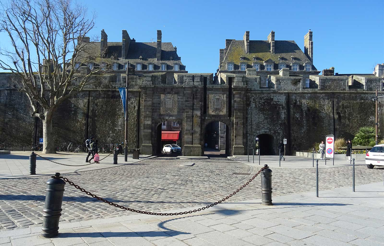 City Guide Saint Malo porte saint vincent