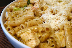 Gluten Free Penne with Chicken and Pesto