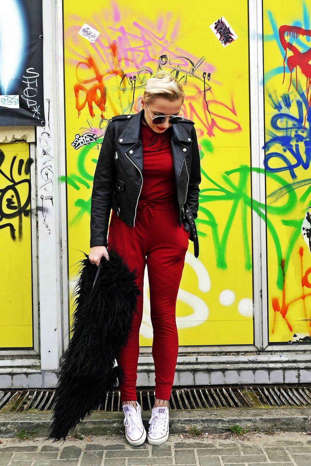 bordowy_kombinezon_czarna_ramoneska_look_karyn_blog_280317c
