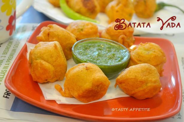 Batata vada recipe easy tea time snacks recipes batata forumfinder Images