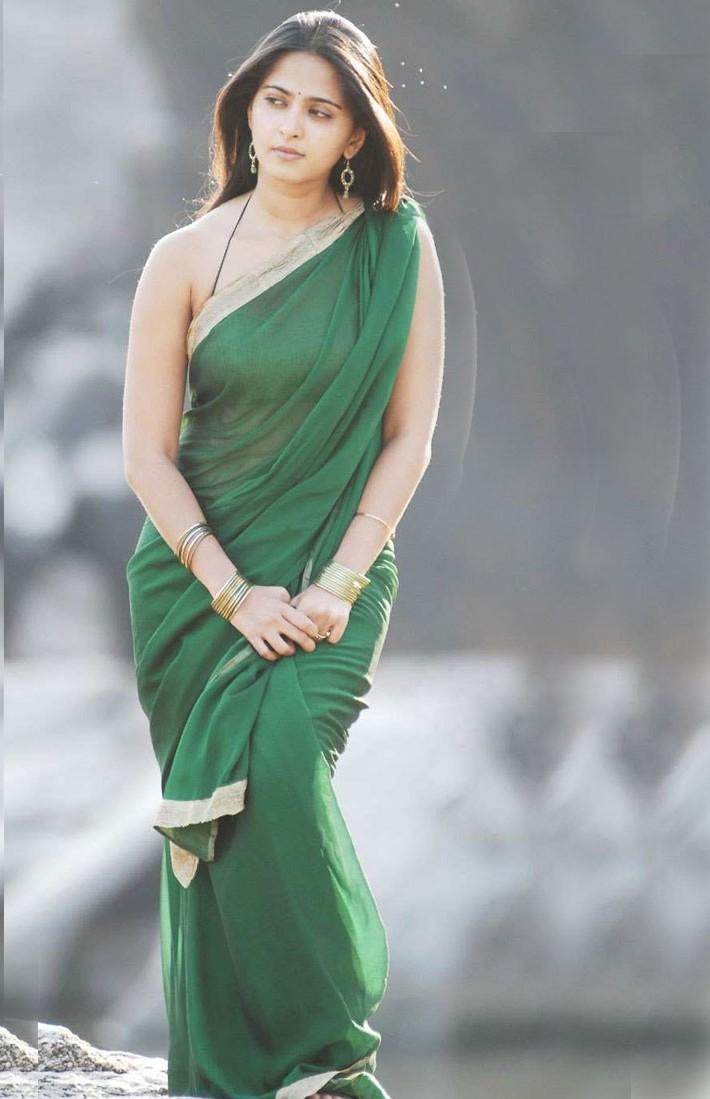 Transparent Saree: Anushka Shetty In Transparent Saree