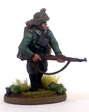 28mm German Pioneer Engineer Painted
