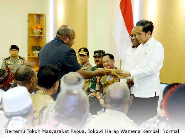 Bertemu Tokoh Masyarakat Papua, Jokowi Harap Wamena Kembali Normal