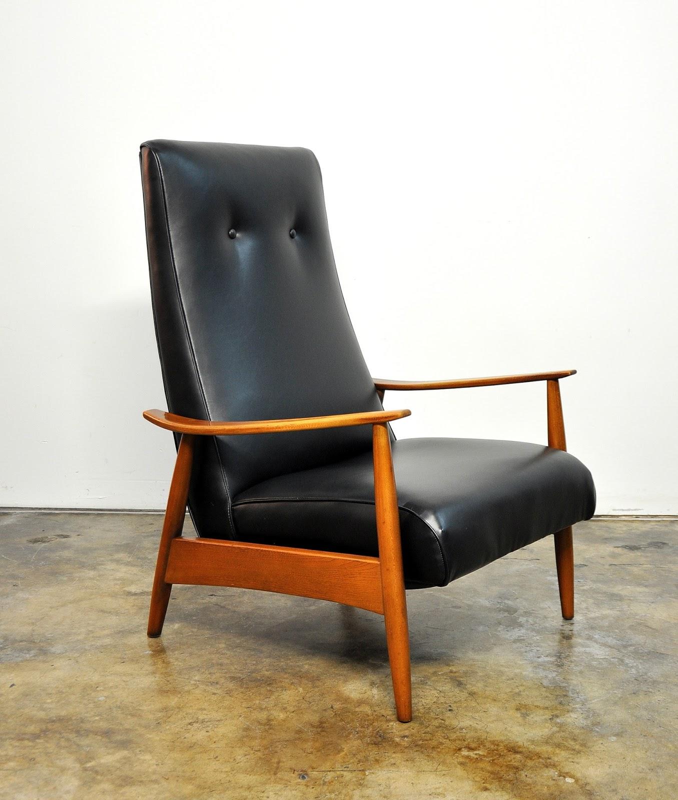 Select Modern Milo Baughman Recliner 74 Lounge Chair