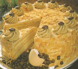 Kavos tortas su plakta grietinėle