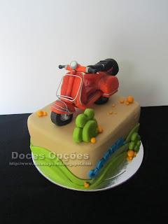 mota vespa bolo aniversário bragança doces opções
