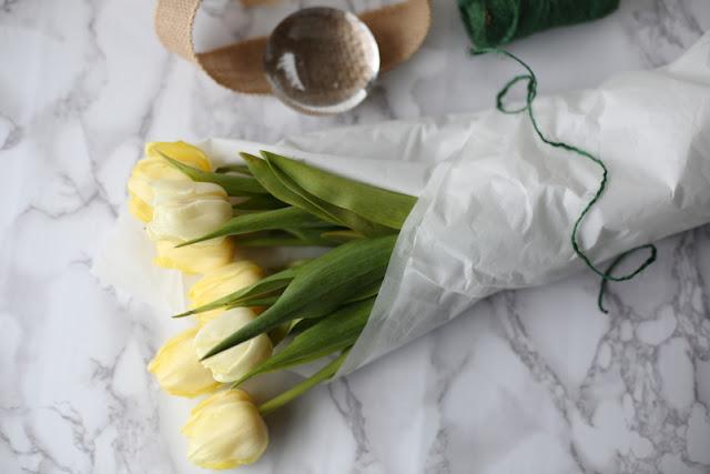 #tulppaanitorstai, tulppaani, tulips, stilllife