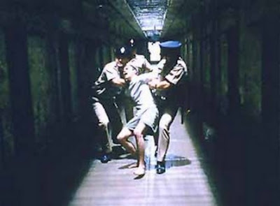 "Screenshot from ""Return to Paradise"" by Joseph Ruben, 1998"