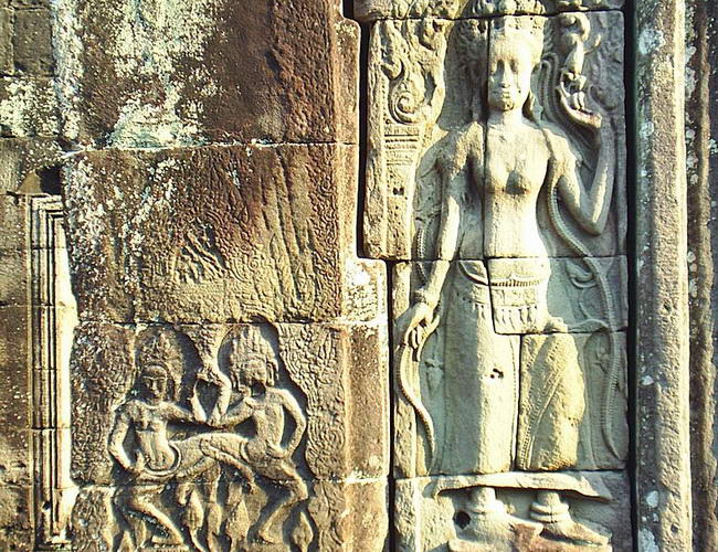Xvlor Banteay Kdei is Buddhist temple ruins built by King Jayavarman VII