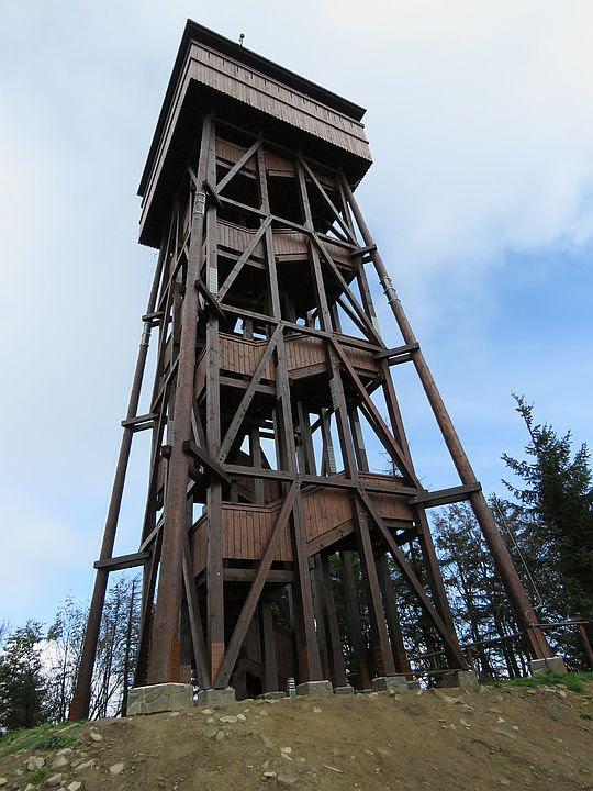 Wieża widokowa na Lubaniu.