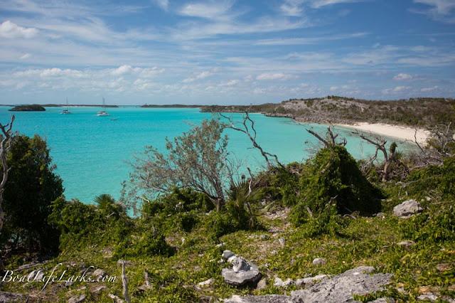 Emerald Rocks Mooring field, Warderick Wells, Exuma Land and Sea Park, Bahamas