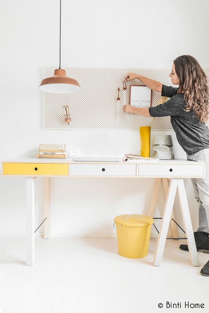 Stylist restyling house doctor mix desk