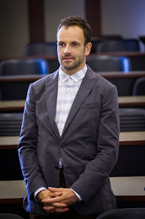 Jonny Lee Miller as Sherlock Holmes in Solve For X CBS Elementary Season 2 Episode 2