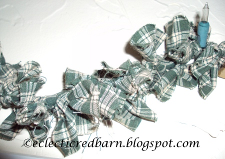 Eclectic Red Barn: Green Plaid Garland