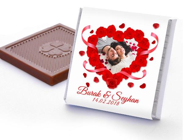 Seni Seviyorum Yazılı Harf Çikolata;