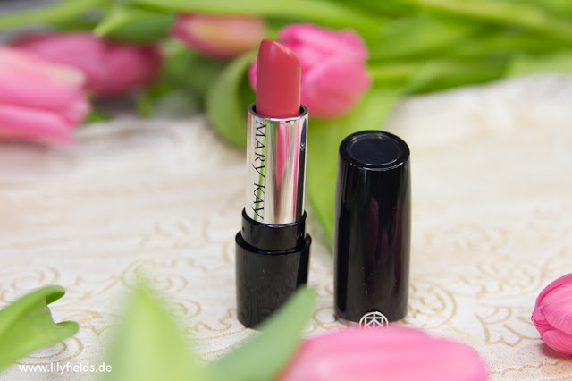 Gel Semi-Matte Lipstick in der Farbe Always Apricot