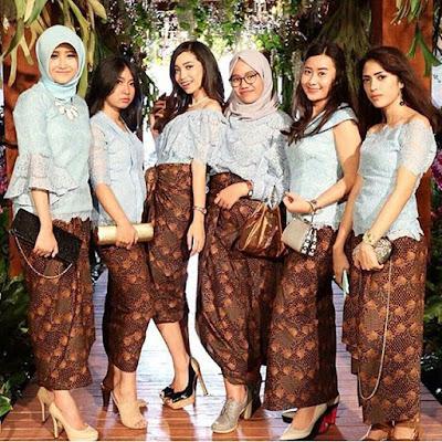 Model Kebaya Modern Sabrina Rok Lilit Batik.jpg