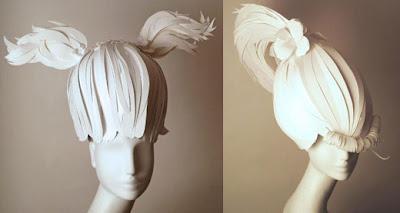 Peluca hecha con papel.