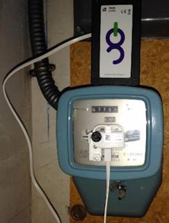 Dispositif à brancher sur un compteur électrique classique pour obtenir une courbe de charge en direct